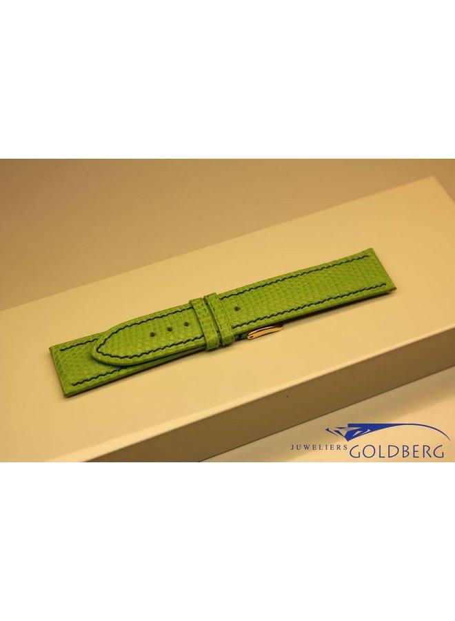 Handmade watch band lizard leather bright green dark green stitchings20/18mm