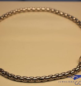 18 carat white gold necklace with diamonds