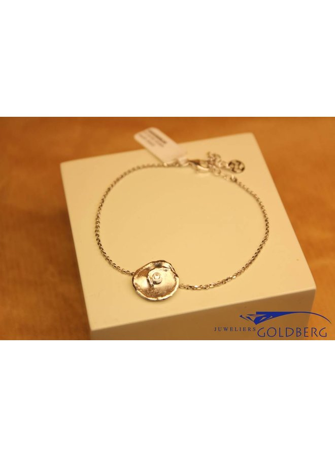 """Silver bracelet with small """"flower"""""""