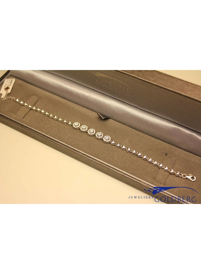 zilveren armbandje met zirconia klassiek