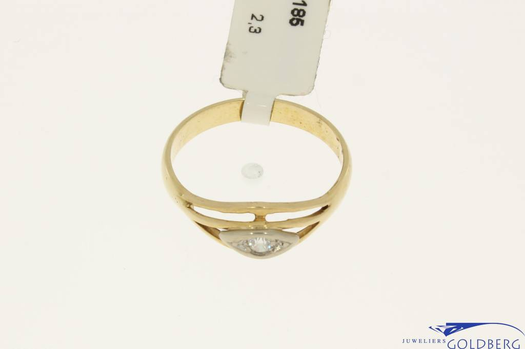 vintage rose gold ring with zirconia