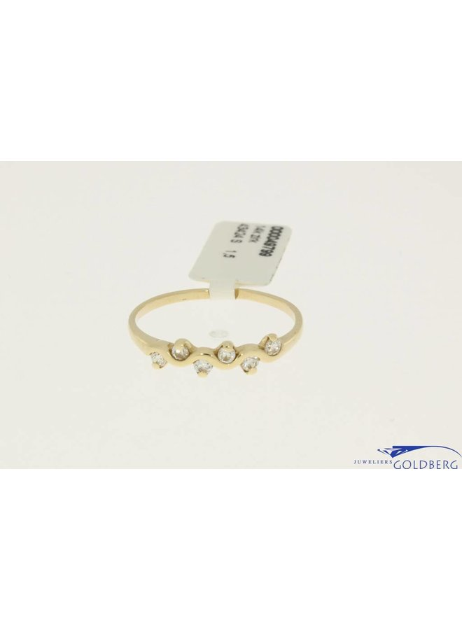 vintage 14k gold wave shaped ring with zirconia