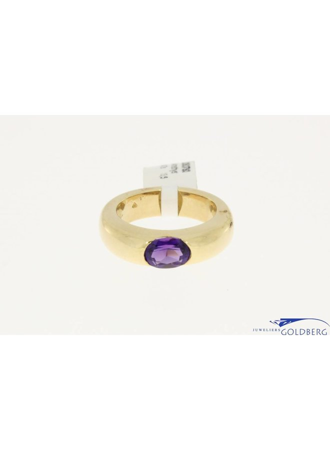 18k gold ring with amethyst, heavy