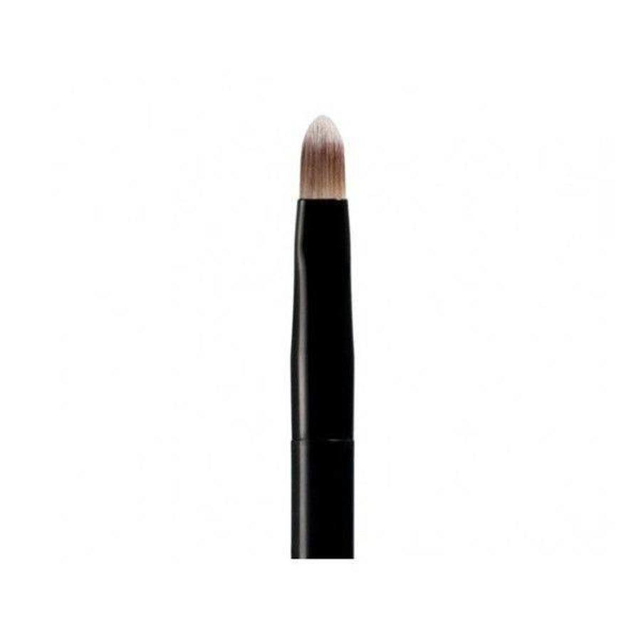 Precision Concealing Brush