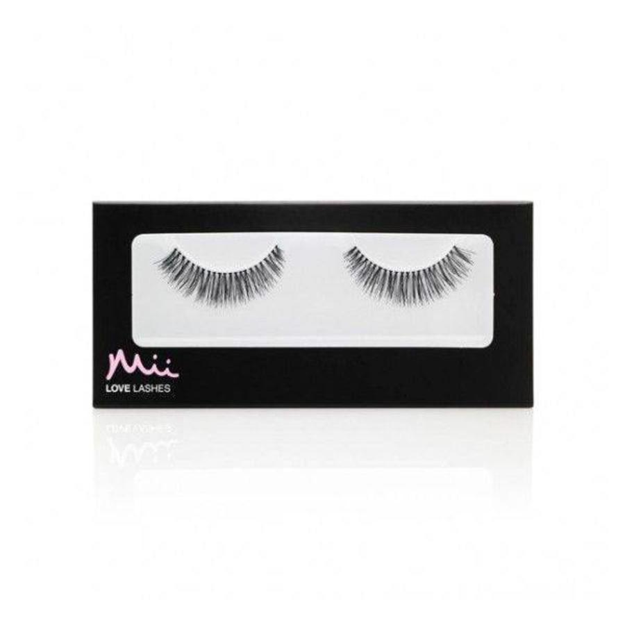 Love Lashes Social Butterfly