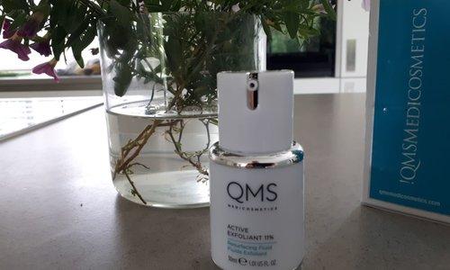 Review QMS Active Exfoliant 11%
