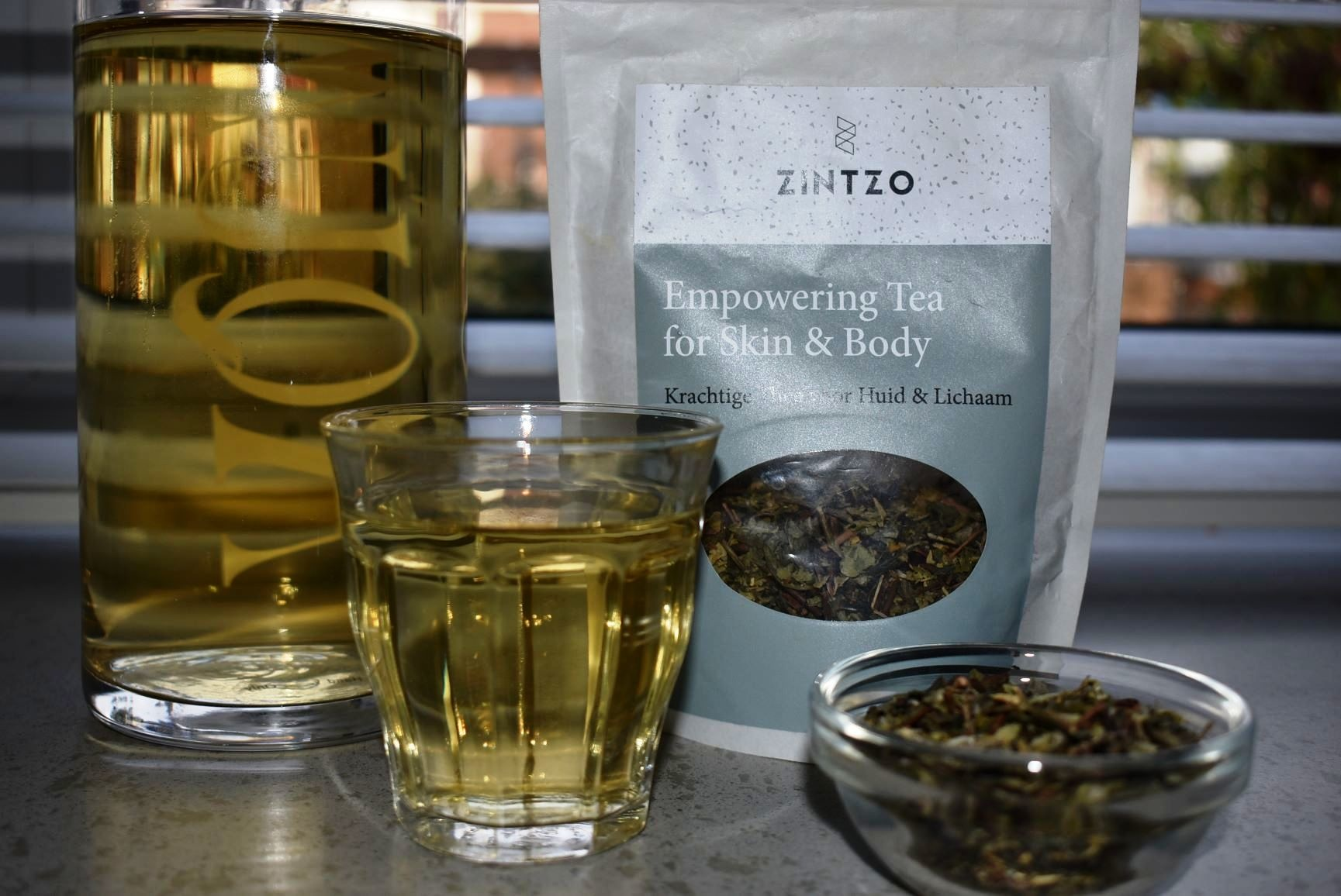Review Zintzo Empowering Tea for Skin & Body