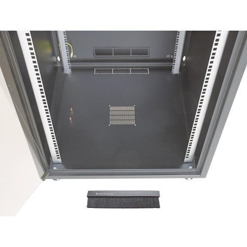 15U server cabinet with glass front door (WxDxH) 600x800x737mm