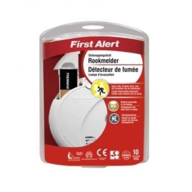 First Alert Détecteur de fumée optique First Alert SA720CE avec éclairage de secours