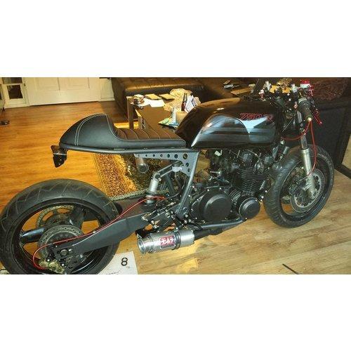C.Racer Cafe Racer Sitzbank Tuck N' Roll Black Type 31