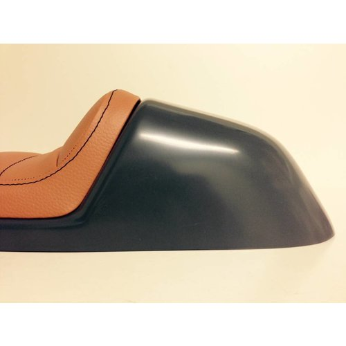 C.Racer Cafe Racer Seat Tuck N' Roll Stitch Bruin Type 32