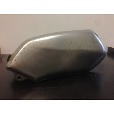 SRZ Style Fuel Tank with Accessoires Type 7