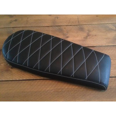 C.Racer Diamond Brat Seat Black Wide 72