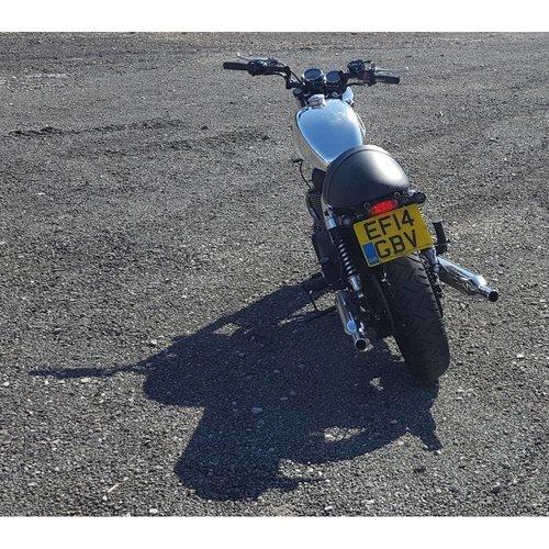 Motone Custom Benzintank - EFI - Poliertes Aluminium