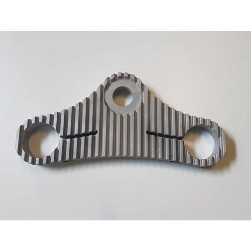 """Custom BMW K-serie Kroonplaat - """"Fins"""" (41.3mm Forks)"""