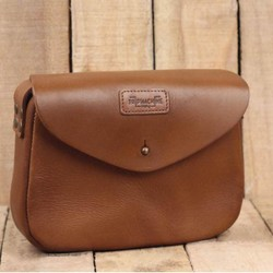 Womens Satchel Tan