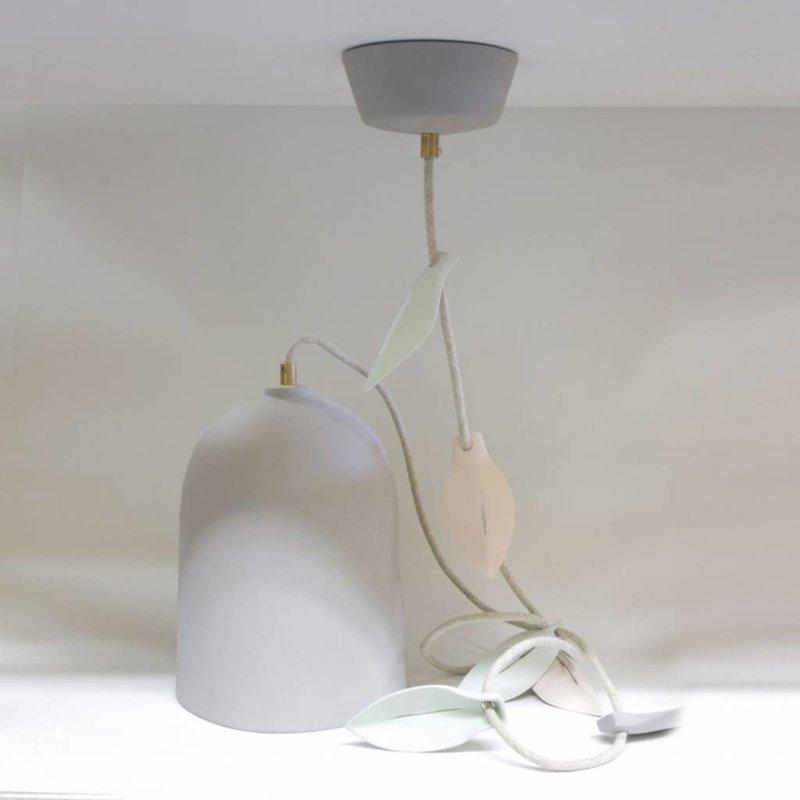 Studio Harm en Elke Hanglamp porselein blad grijs -  linnen snoer