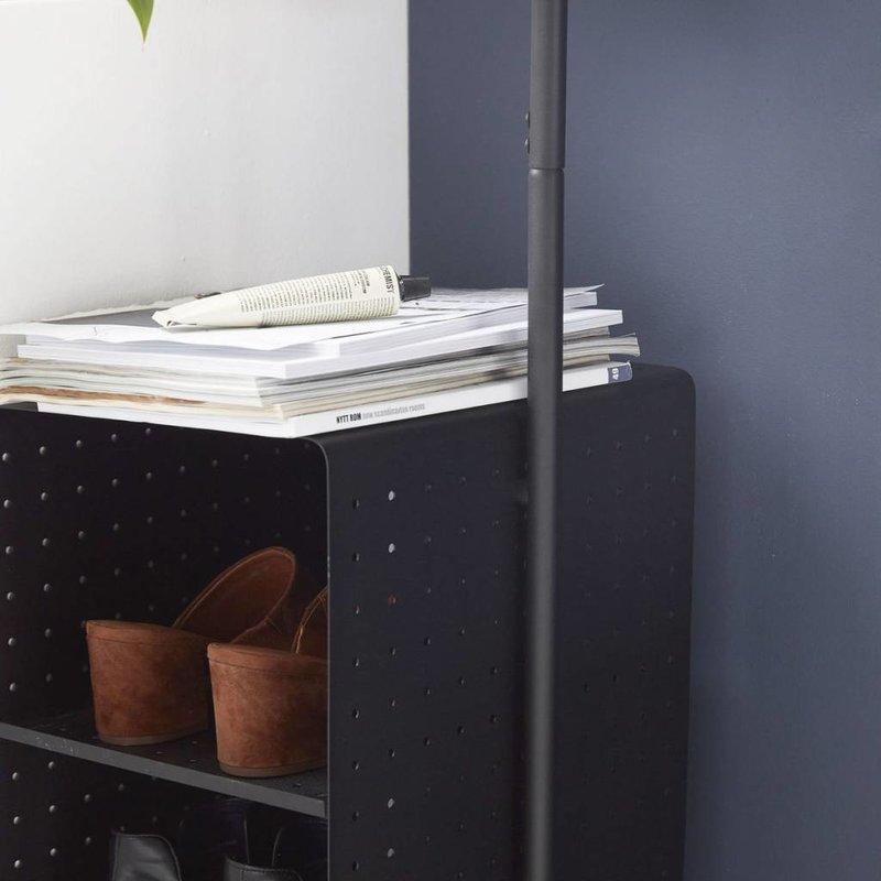 House Doctor Kapstok zwart staal met 4 planken 32 x 175 cm