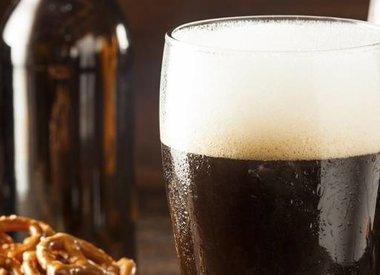 Cocktail crème de châtaigne et bière