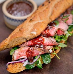 Steak sandwich met Ballymaloe Steak Sauce