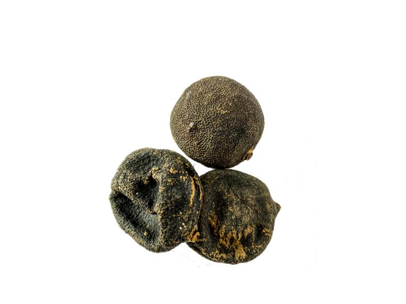 Dried lime, Loomi, Limoo or Black Lime
