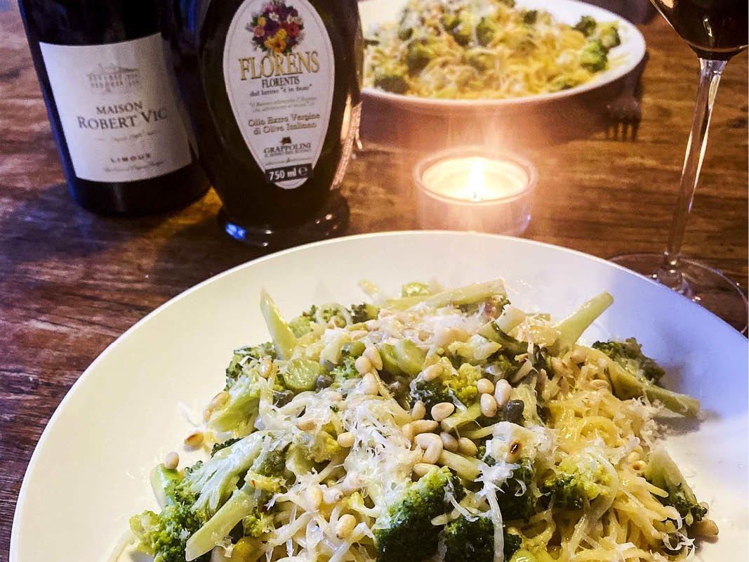Verse pasta met broccoli en citroen